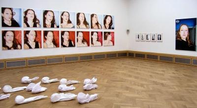Lique Schoot, Pillow Portraits