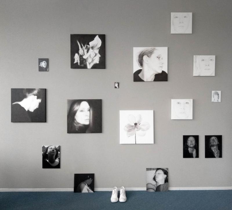 Lique Schoot, The Self-portrait in 17 Days